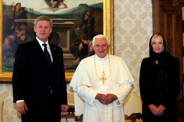 File:Pope+Benedict+XVI+Meets+Canadian+Prime+Minister+VMb0ZdVPuHNl.jpg