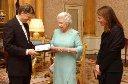 File:Bill Gates Queen Elizabeth.jpg